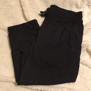 Lululemon Studio Crops Size 6 Black